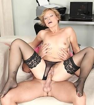 Hot MILF Hardcore Porn Pictures