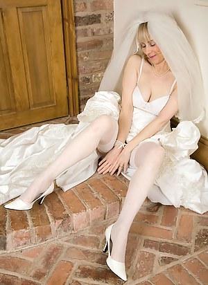 Hot MILF Bride Porn Pictures