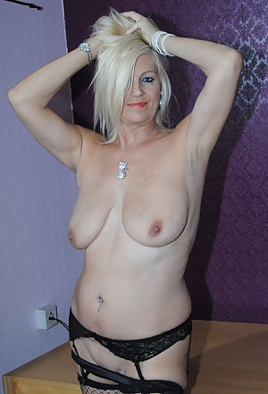 Hot MILF Piercing Porn Pictures