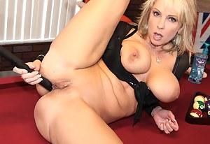 Hot Crazy MILF Porn Pictures