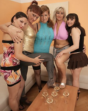 Hot MILF Party Porn Pictures